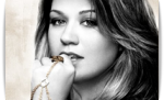 Kelly Clarkson 2011 +1